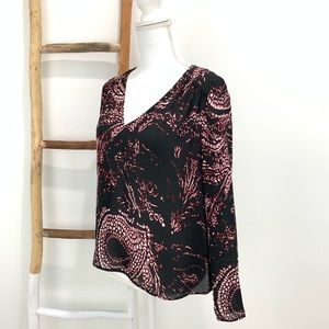 Parker Silk Black Red Paisley Cut-Out back Blouse